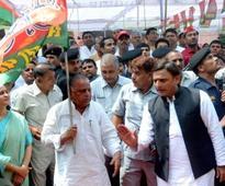 UP election: Samajwadi Party chief Mulayam expels Akhilesh, Ramgopal for six years