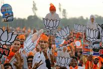 Gujarat polls: Modi gives voters a visual grand finale, but his last rally was lukewarm