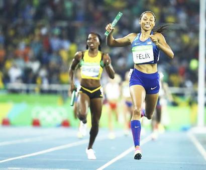 US win sixth straight gold in women's 4x400 relay