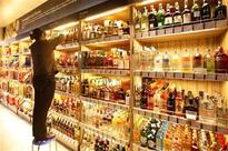 Maharashtra: Govt to shut down liquor shops on national, state highways, says prepared to incur losses