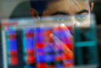 Sensex, Nifty nudge up; IT stocks down