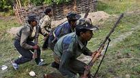 Maoists kill 1, torch 7 vehicles in Odisha