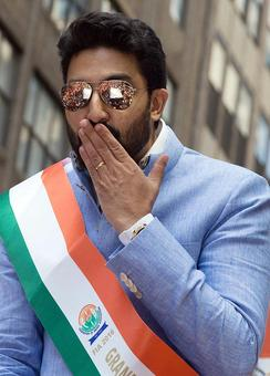PIX: Abhishek, Vikram celebrate India in New York