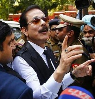 I-T seizes over Rs 135 cr cash, jewellery from Sahara group