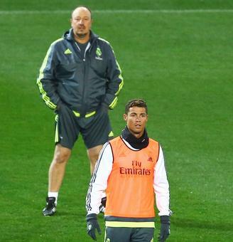 Ronaldo furious with Rafa's free-kick advice