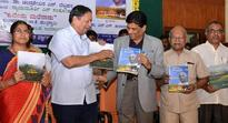 Opposition blindly objecting to demonetization: Justice Hegde