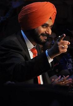 Sidhu cannot continue with TV show, lawyers tell Punjab CM