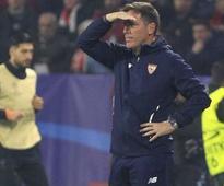 Eduardo Berizzo to continue coaching Sevilla despite being diagnosed with prostate cancer