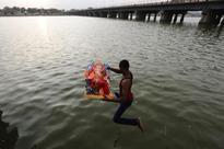 Stunning photos of Ganpati visarjan across India