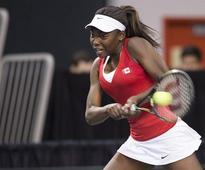 Wozniak earns 40th career Fed Cup win to pull Canada even with Belarus