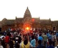 Sun rises inside Konark temple!