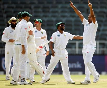 Philander bowls South Africa to record win against Australia