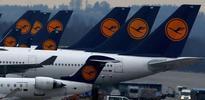 European shares decline as airline stocks slump