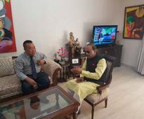 Sports Minister Vijay Goel meets Aizawl FC president Robert Royte, promises to build new stadium