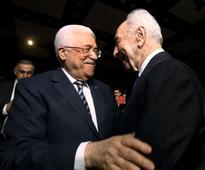 Report: Shots fired at Abbas's home day after PA president attended Peres funeral