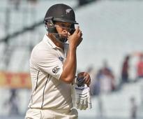 Cricket-NZ batsman Taylor to face Pakistan prior to eye surgery