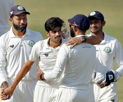 Ranji Trophy final: Gurbani 'tricks before Jaffer steadies Vidarbha