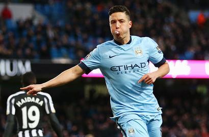 Samir Nasri wants to finish career at Manchester City