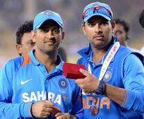 MS Dhoni 'too busy' to pick up my calls: Yuvraj Singh