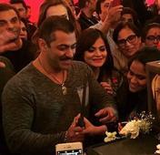Sania to Ameesha: Celebs grace Salman Khan's 50th birthday bash; see inside pics