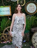 Anne Hathaway Blasts The Kardashians, Tells Fans To Be More Like Helena Bonham Carter