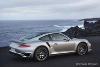 2014 Porsche 911 Turbo S features 560 hp and rear axle steering