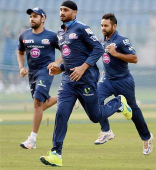IPL to kick off at Wankhede after HC relief