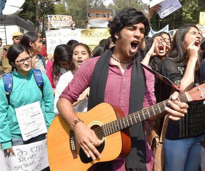 Only students can oppose, resist and dissent today