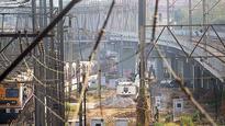 Rail bridge between Bandra-Khar bids farewell