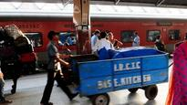 IRCTC signs pact with Defence Food Research Lab to roll out RTE packets