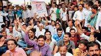 GST: Major mkts in Gujarat remain shut