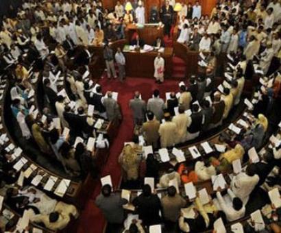 Maha govt transfers 73 IAS officers in major bureaucratic reshuffle