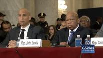 Booker breaks tradition to testify against Sessions