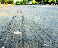 Citizens raise voice against poor roads