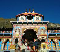 Portals of Badrinath reopened