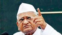 Anna Hazare makes team swear off politics; to resume protest for Jan Lokpal, farmers' issues tomorrow