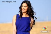 Meenakshi Dixit shoots for romantic album