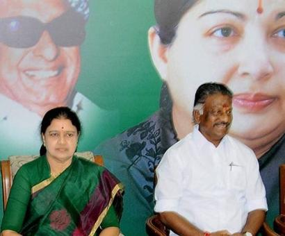 In AIADMK's symbol row, Sasikala gets hat, OPS gets electricity pole