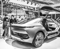 Tech firms move to shake up auto industry