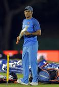Gambhir says Dhoni's past achievements shouldn't be considered for his selection in future