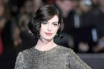 Anne Hathaway: Fitting into pre-pregnancy jeans felt good