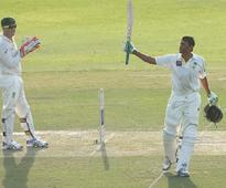 Younis Khan guides Pakistan to 517-4 in 2nd test, at tea