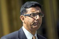 Dinesh DSouza, adulterous felon and disgraced academic, really embarrassed himself this time
