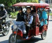 Delhi cops to launch crackdown on e-rickshaws