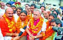 Farooq Khan given rousing reception by BJP