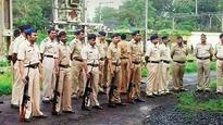 Maharashtra police short by 45% of total weaponry, finds CAG