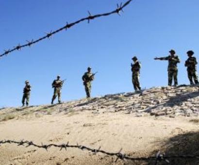 Pak army kills 32 militants near the Pak-Afghan border