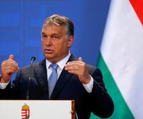 Hungary to build second fence on Serbian border to keep out migrants