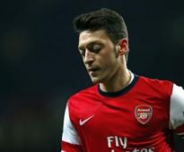 Big blow to Arsenal as Ozil ruled out for 'several weeks'