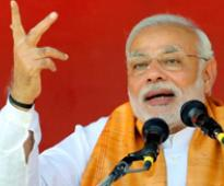 AAP a 'backstabber', BJP will give a clean govt, says Modi
